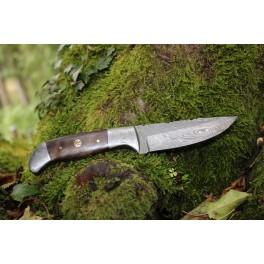 Couteau en acier damas modèle 06