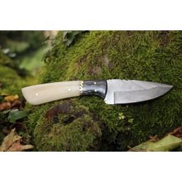 Couteau en acier damas modèle 04