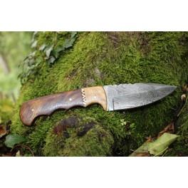 Couteau en acier damas modèle 07